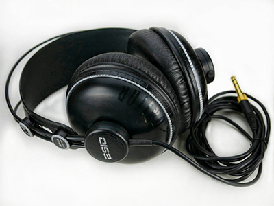 MH50 Studio Headphone